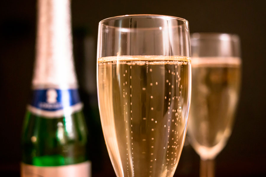 Rose Spumanti e Champagne Giardino Eden Ischia