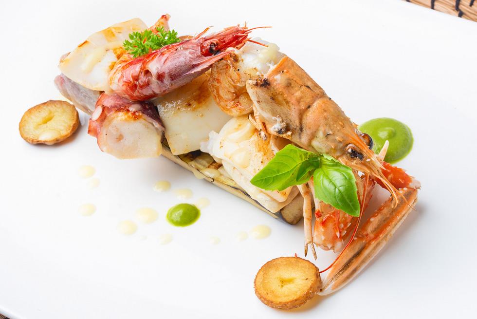 la cucina del ristorante sul mare giardino eden ischia