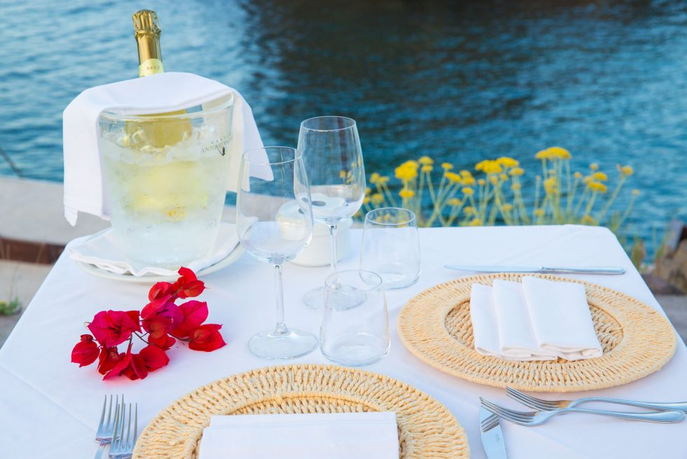 Cena gourmet in riva al mare ad Ischia