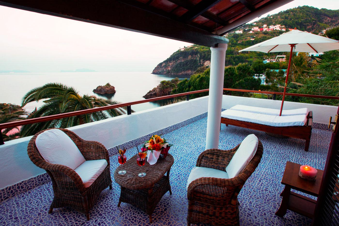 Terrazzo delle camere deluxe Hotel Giardino Eden 3 Stelle